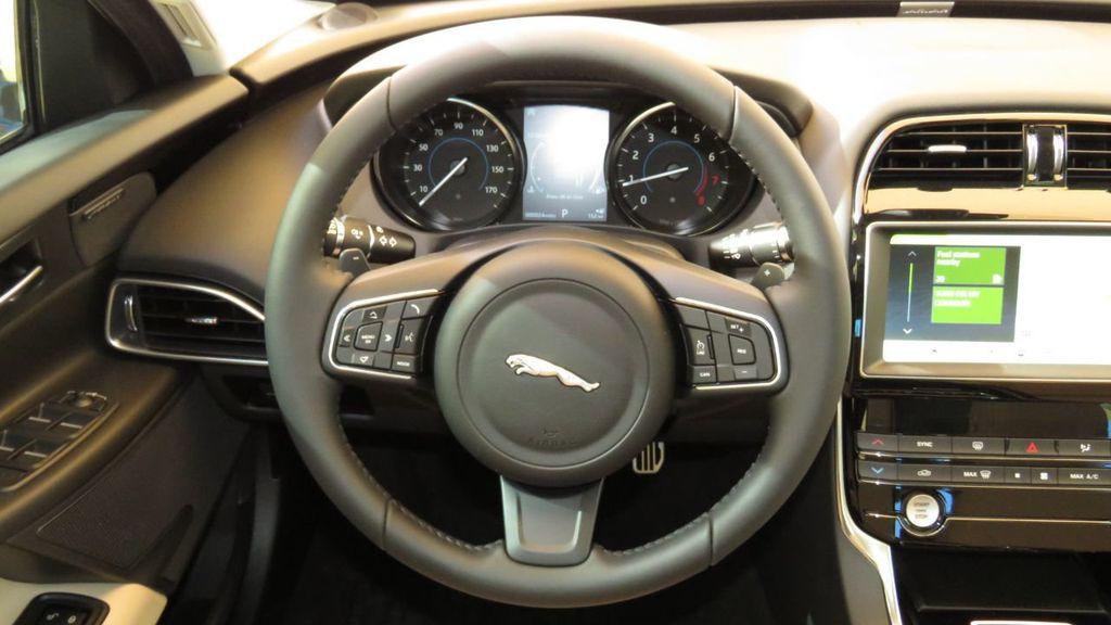 2019 Jaguar XE COURTESY VEHICLE  - 18893539 - 11