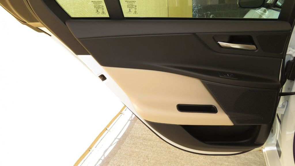 2019 Jaguar XE COURTESY VEHICLE  - 18893539 - 28