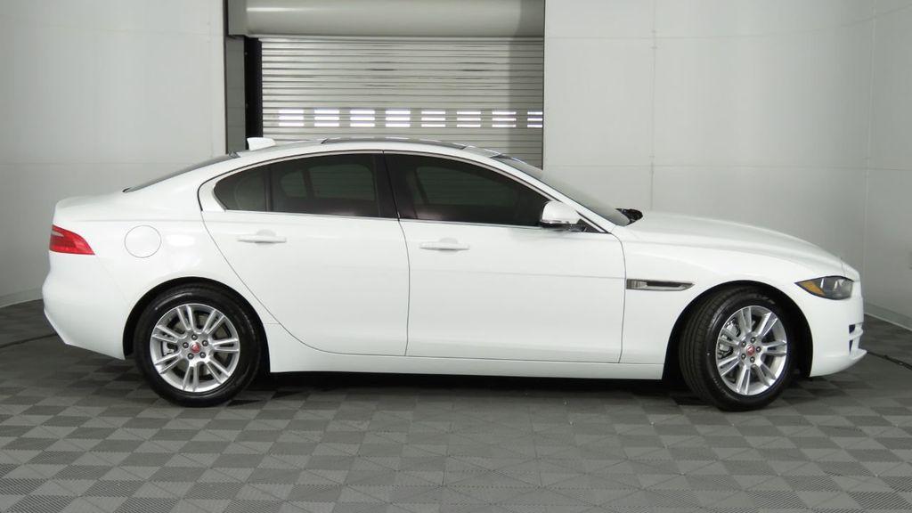 2019 Jaguar XE COURTESY VEHICLE  - 18893539 - 4