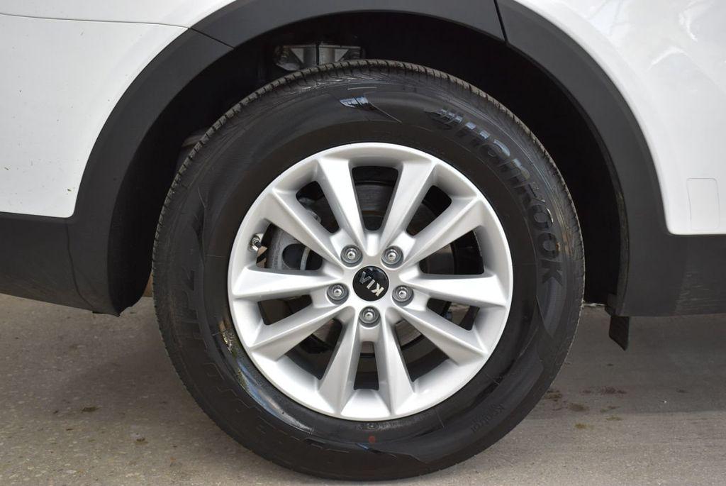 2019 Kia Sorento LX V6 FWD - 18716097 - 18