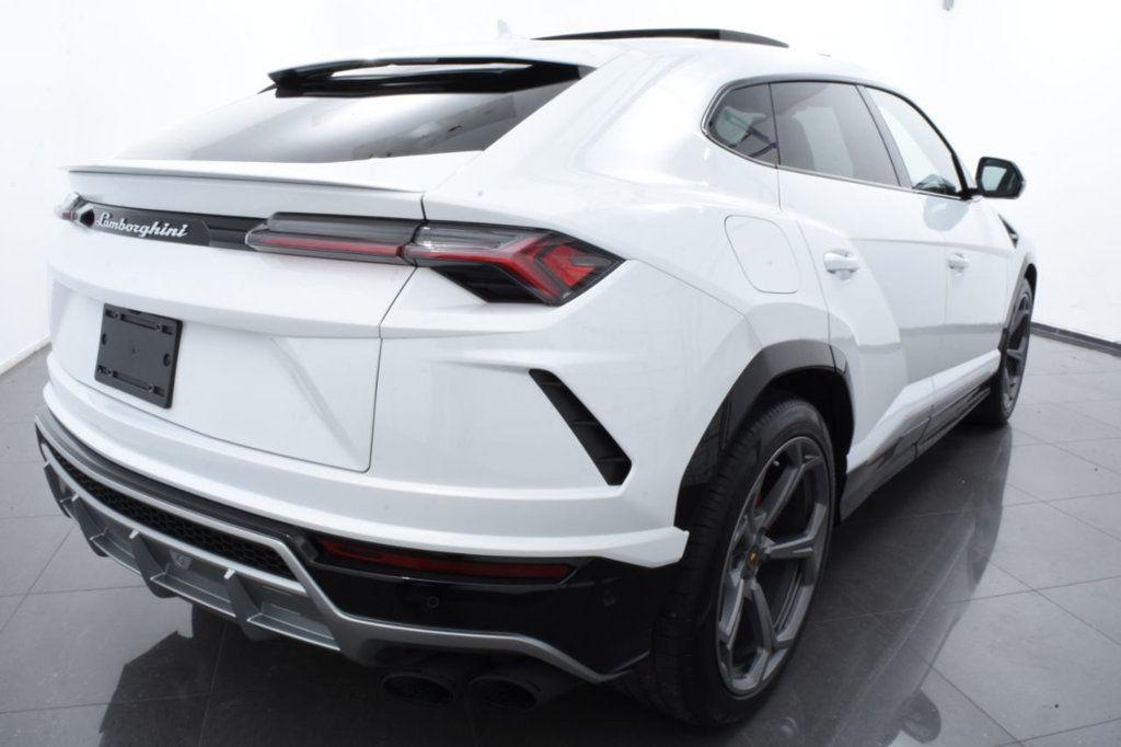 2019 Lamborghini Urus AWD - 18391460 - 9