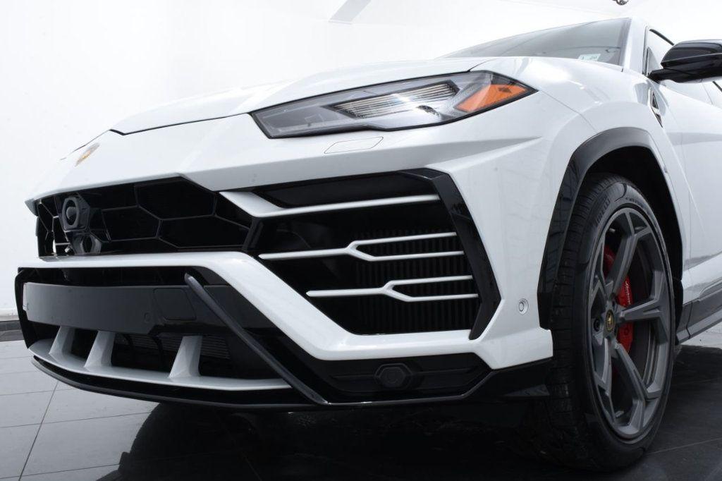 2019 Lamborghini Urus AWD - 18391460 - 19