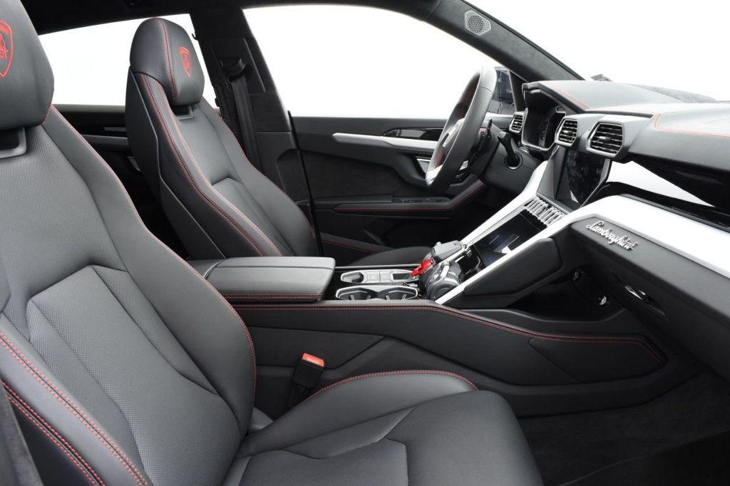 2019 Lamborghini Urus AWD - 18391460 - 30
