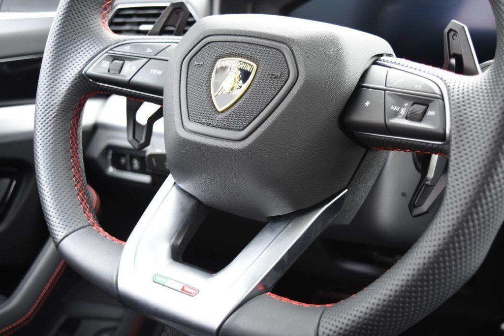 2019 Lamborghini Urus AWD - 18391460 - 33