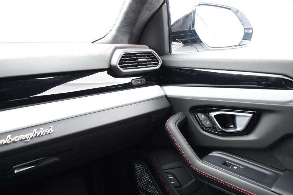 2019 Lamborghini Urus AWD - 18391460 - 45