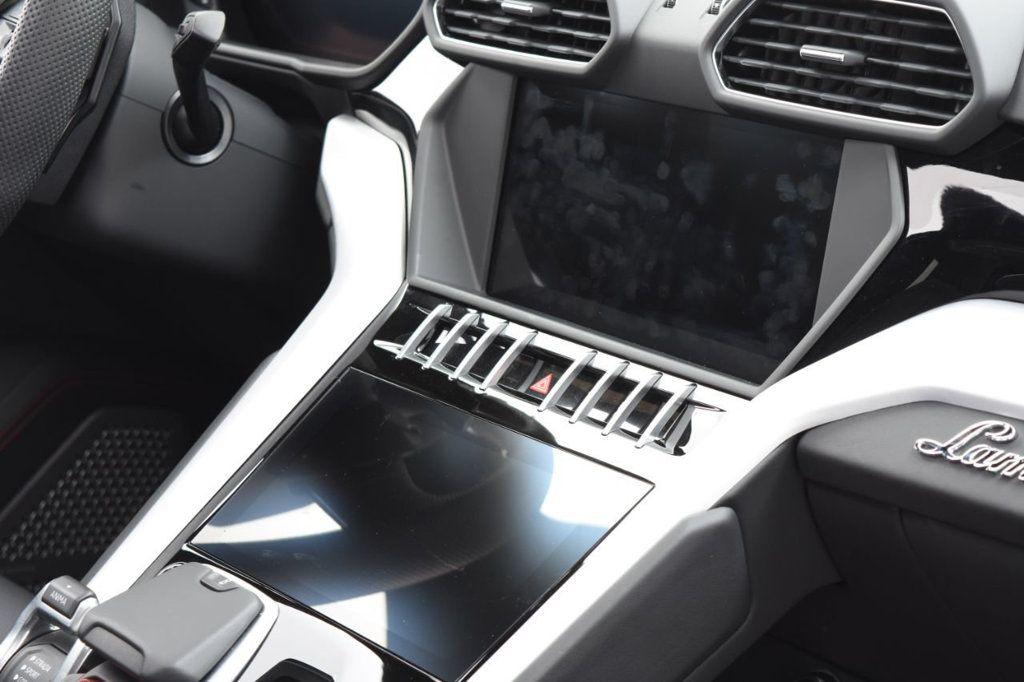2019 Lamborghini Urus AWD - 18391460 - 46