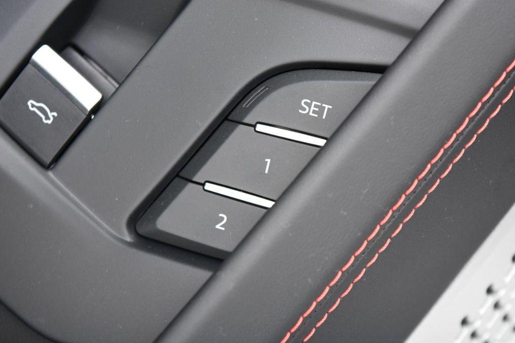 2019 Lamborghini Urus AWD - 18391460 - 50
