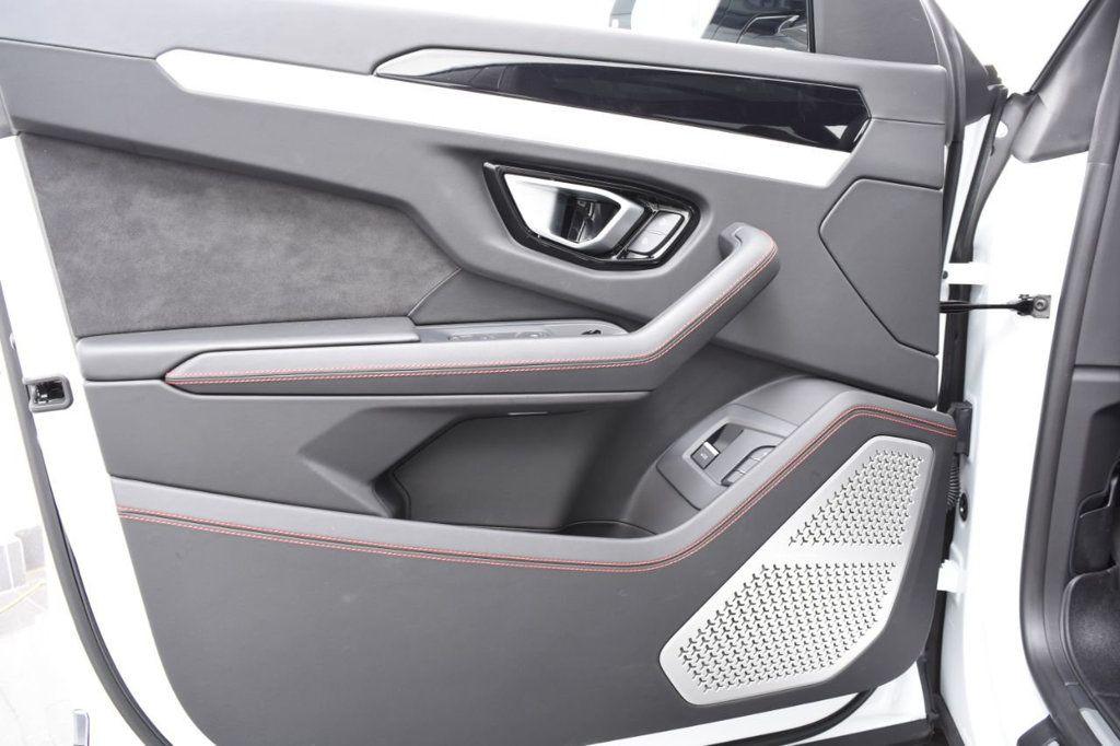 2019 Lamborghini Urus AWD - 18391460 - 63