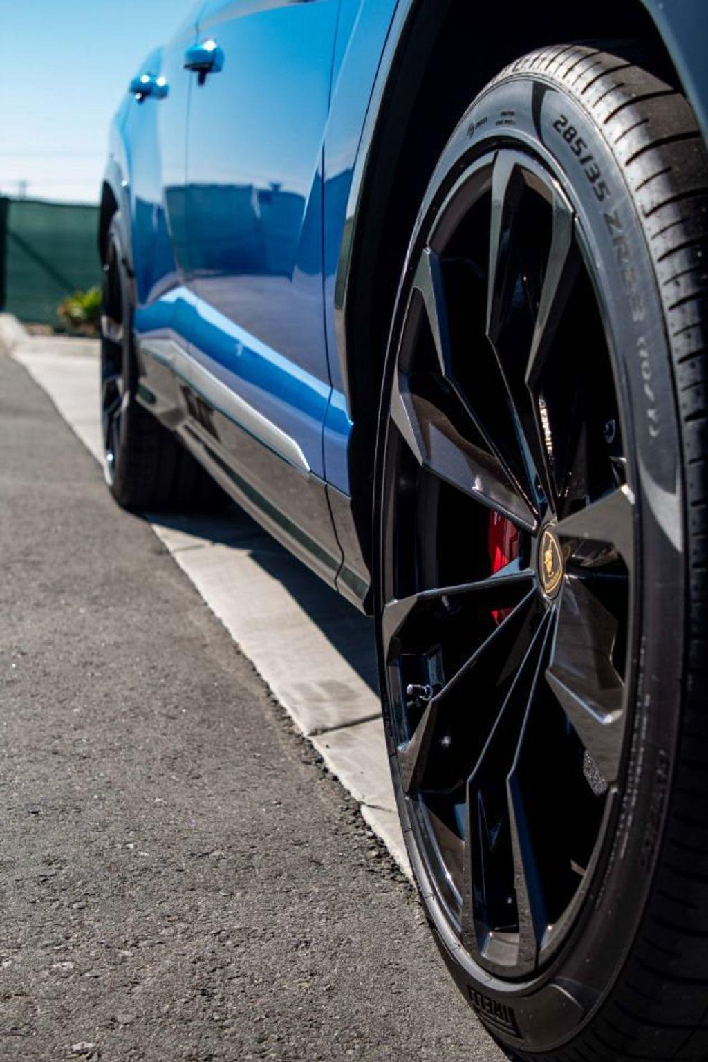 2019 Lamborghini Urus AWD - 18713105 - 26