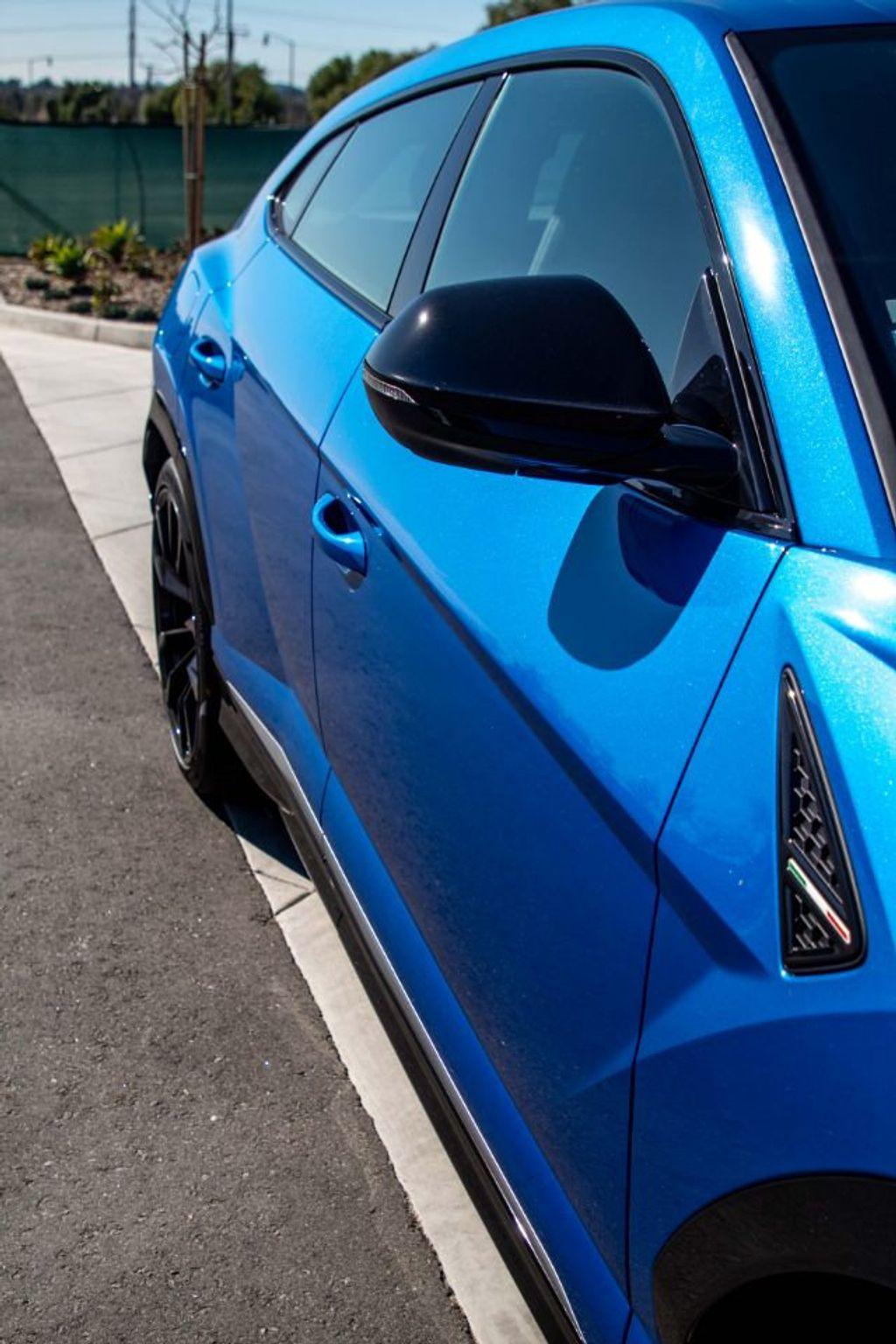 2019 Lamborghini Urus AWD - 18713105 - 28