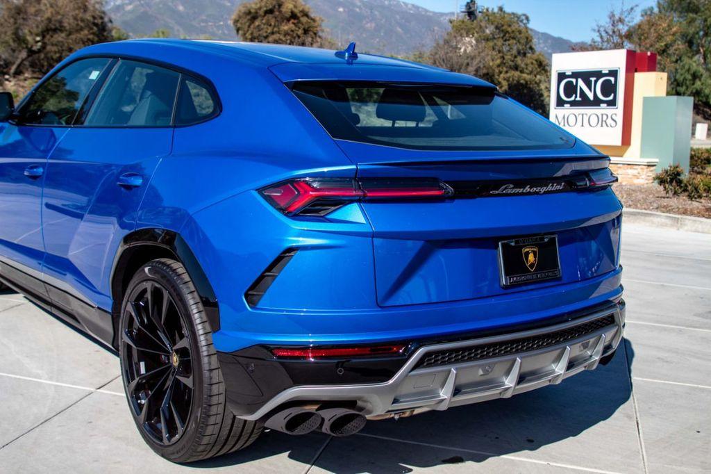 2019 Lamborghini Urus AWD - 18713105 - 33