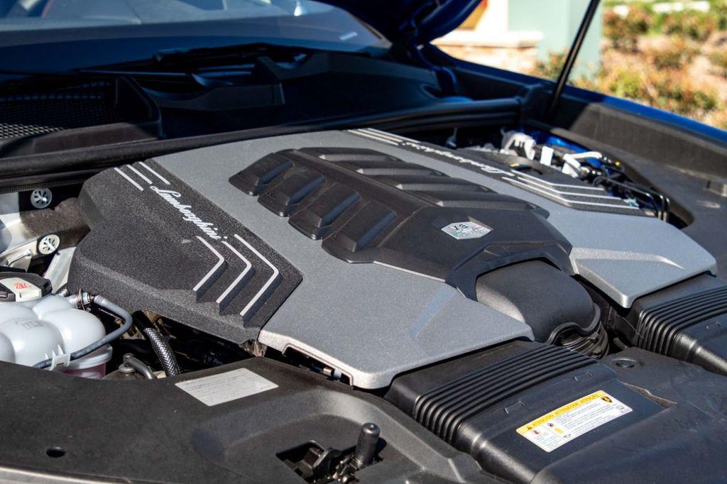 2019 Lamborghini Urus AWD - 18713105 - 5