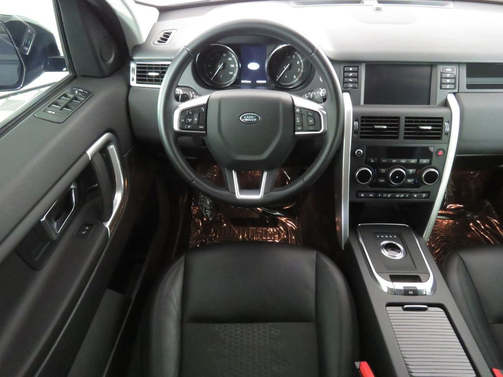 2019 Land Rover Discovery Sport COURTESY VEHICLE  - 18675878 - 9