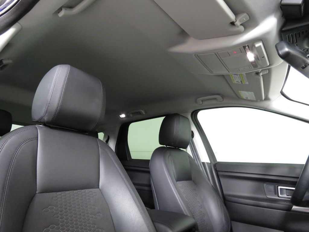 2019 Land Rover Discovery Sport COURTESY VEHICLE  - 18675878 - 17