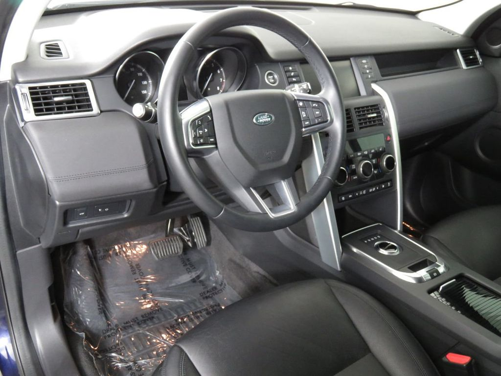 2019 Land Rover Discovery Sport COURTESY VEHICLE  - 18675878 - 8
