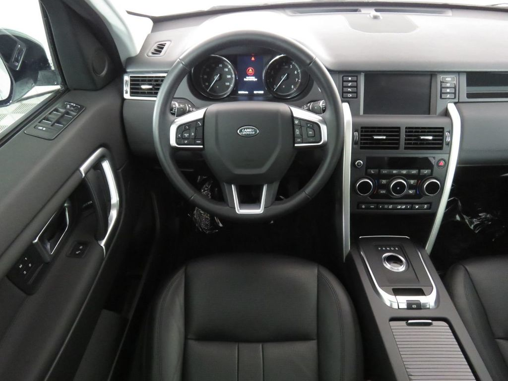 2019 Land Rover Discovery Sport COURTESY VEHICLE - 18903770 - 9