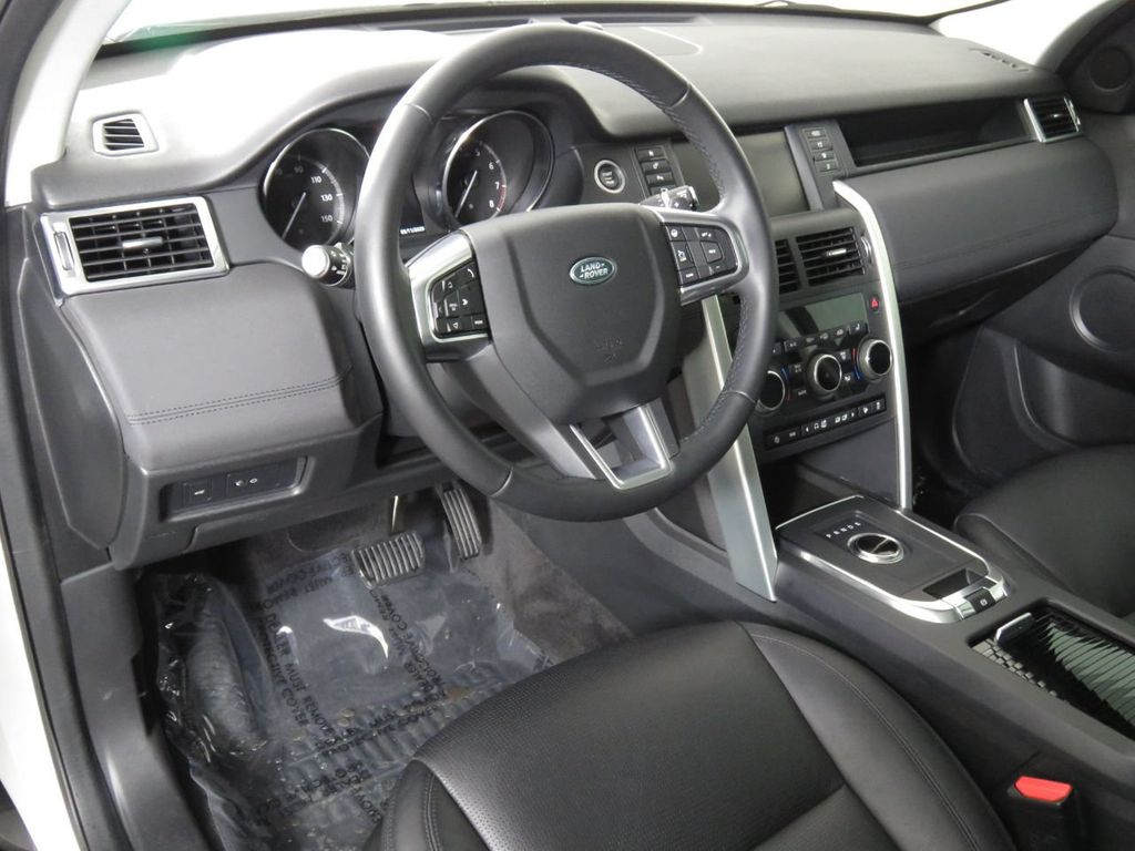 2019 Land Rover Discovery Sport COURTESY VEHICLE - 18903770 - 8