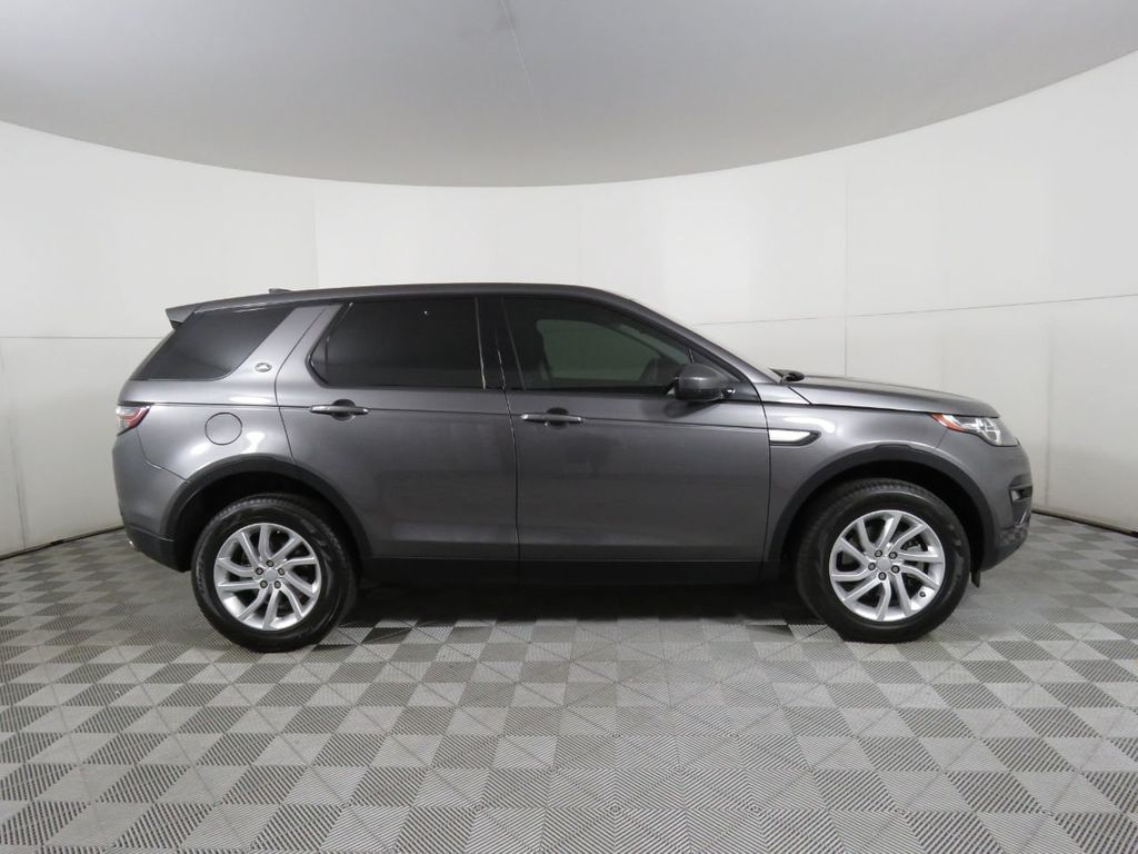 2019 Land Rover Discovery Sport COURTESY VEHICLE - 18936264 - 3