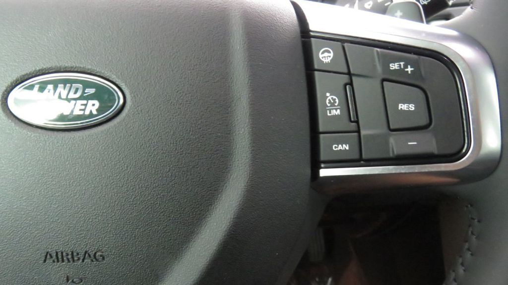 2019 Land Rover Discovery Sport COURTESY VEHICLE  - 18248682 - 12