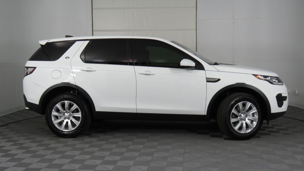 2019 Land Rover Discovery Sport COURTESY VEHICLE  - 18248682 - 3
