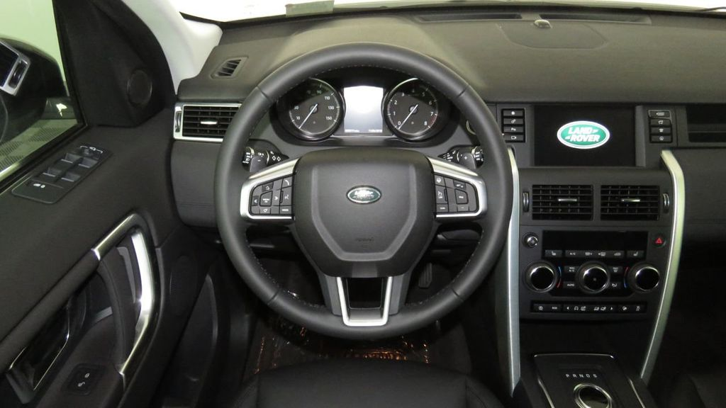 2019 Land Rover Discovery Sport COURTESY VEHICLE  - 18310019 - 9