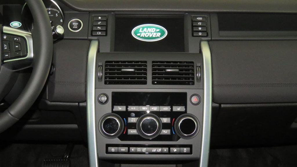 2019 Land Rover Discovery Sport COURTESY VEHICLE  - 18310019 - 14