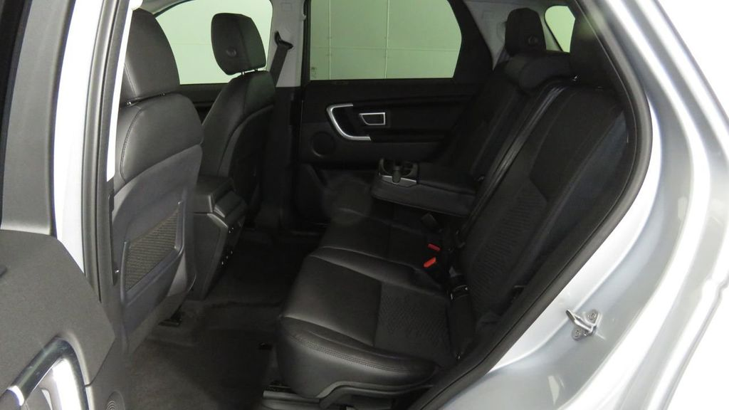 2019 Land Rover Discovery Sport COURTESY VEHICLE  - 18310019 - 22