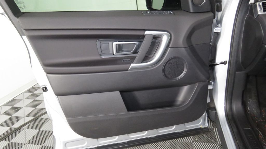 2019 Land Rover Discovery Sport COURTESY VEHICLE  - 18310019 - 25