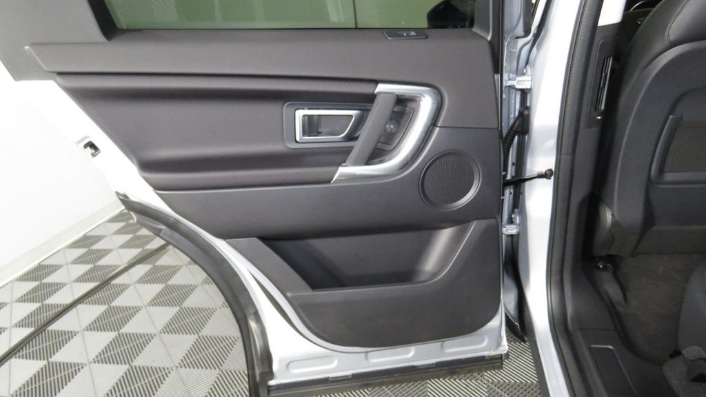 2019 Land Rover Discovery Sport COURTESY VEHICLE  - 18310019 - 27