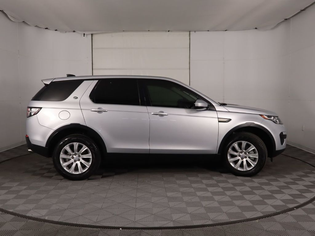2019 Land Rover Discovery Sport COURTESY VEHICLE  - 18310019 - 3