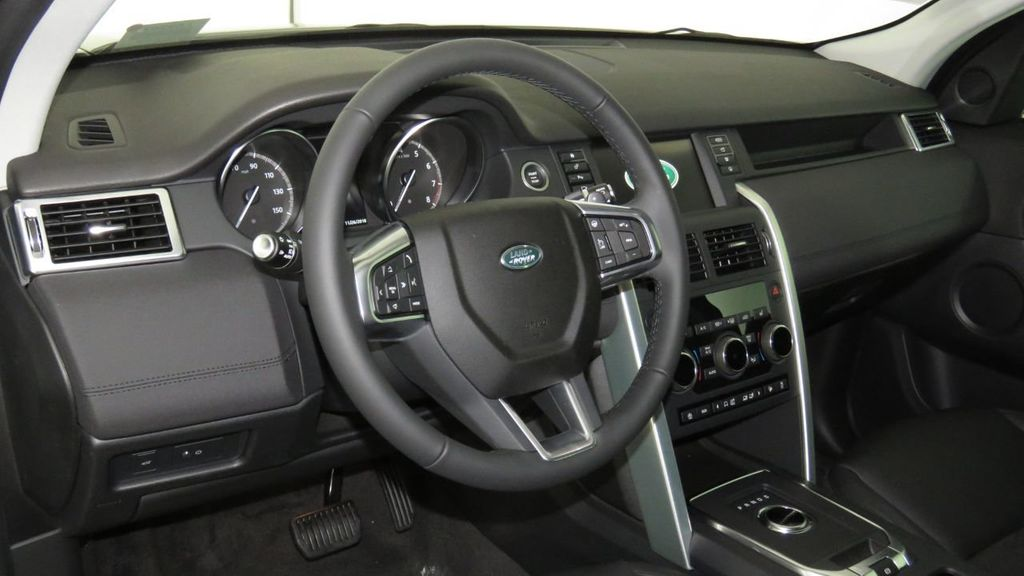 2019 Land Rover Discovery Sport COURTESY VEHICLE  - 18310019 - 8