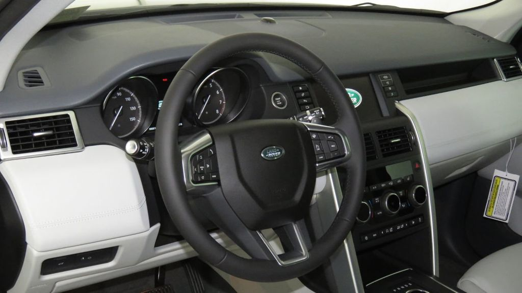2019 Land Rover Discovery Sport COURTESY VEHICLE  - 18310022 - 9