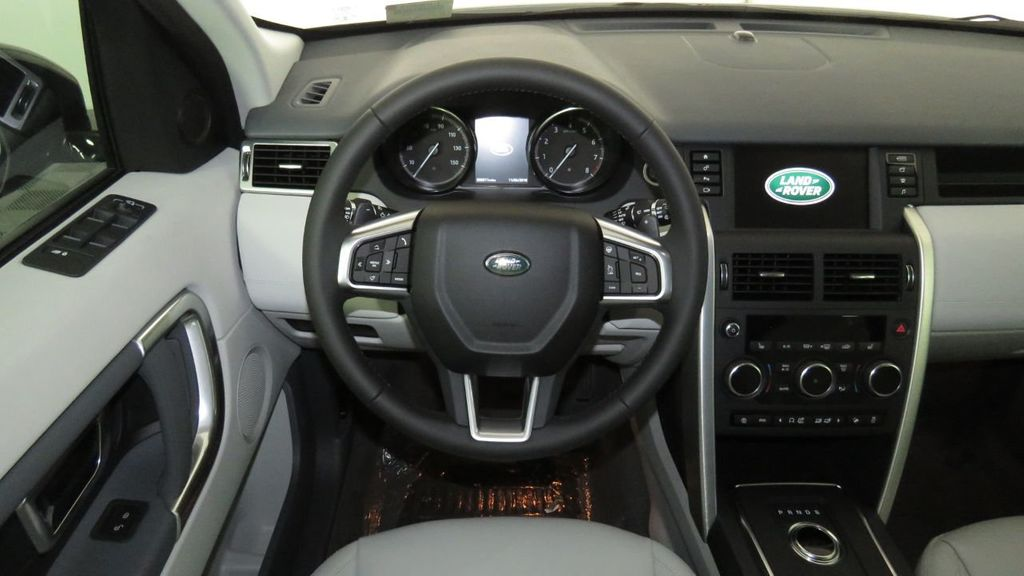 2019 Land Rover Discovery Sport COURTESY VEHICLE  - 18310022 - 10