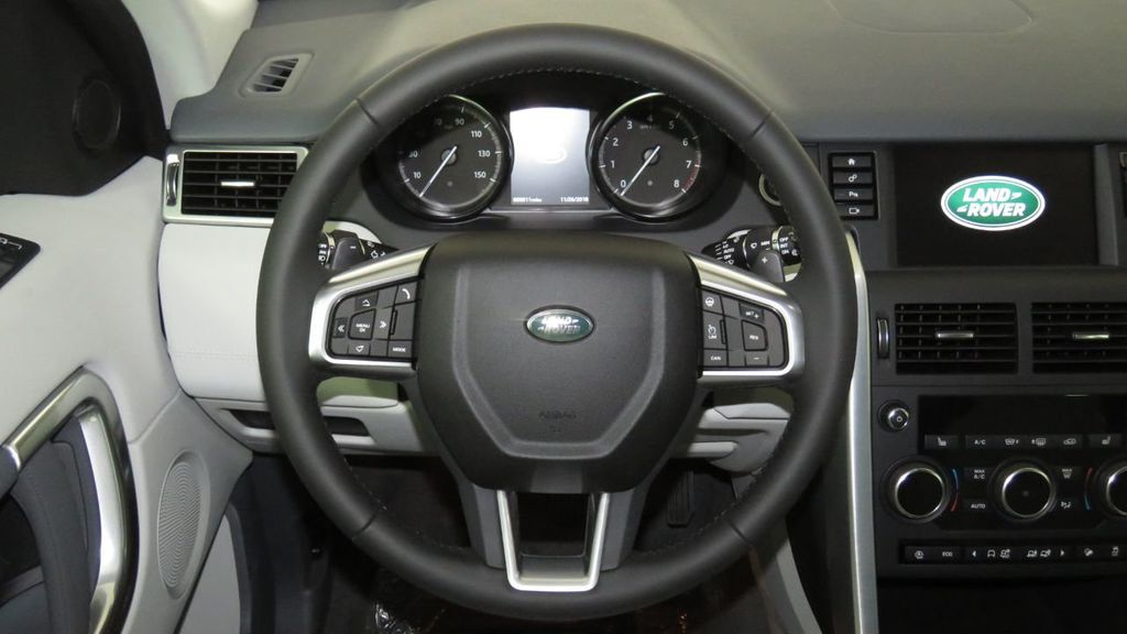 2019 Land Rover Discovery Sport COURTESY VEHICLE  - 18310022 - 11