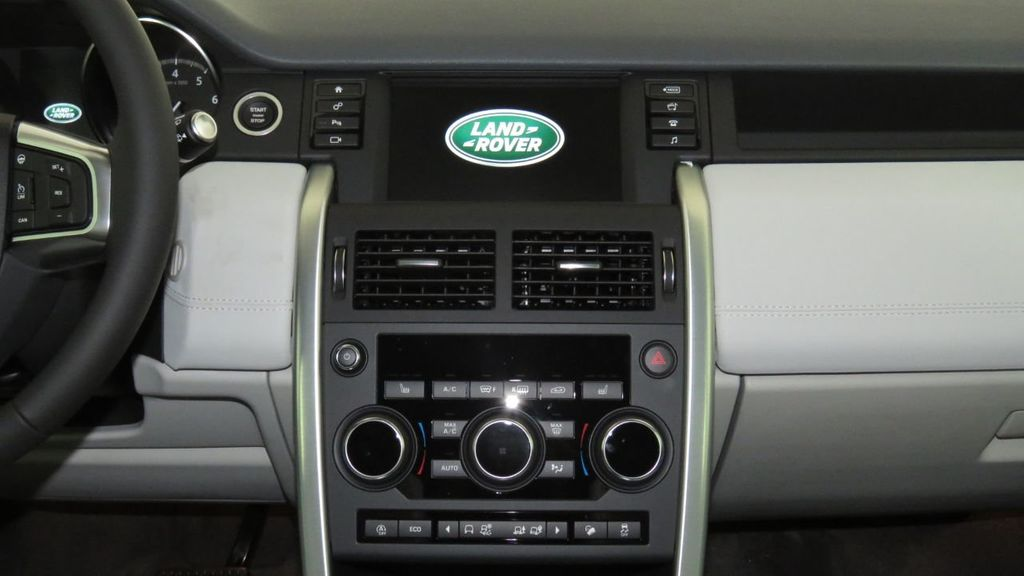 2019 Land Rover Discovery Sport COURTESY VEHICLE  - 18310022 - 15