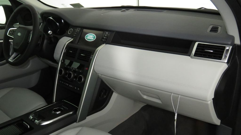 2019 Land Rover Discovery Sport COURTESY VEHICLE  - 18310022 - 19
