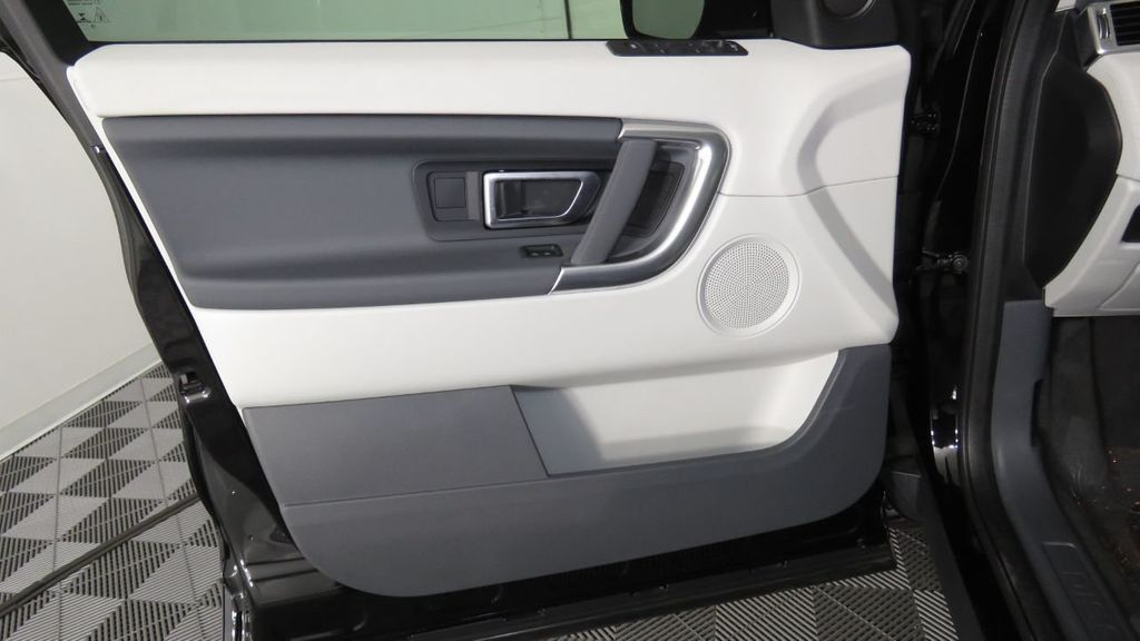 2019 Land Rover Discovery Sport COURTESY VEHICLE  - 18310022 - 25