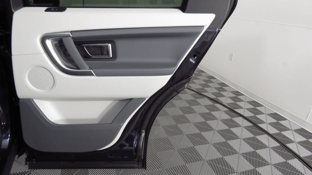 2019 Land Rover Discovery Sport COURTESY VEHICLE  - 18334400 - 27
