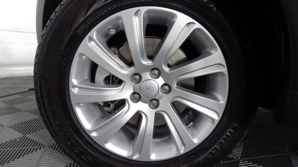 2019 Land Rover Discovery Sport COURTESY VEHICLE  - 18334400 - 30