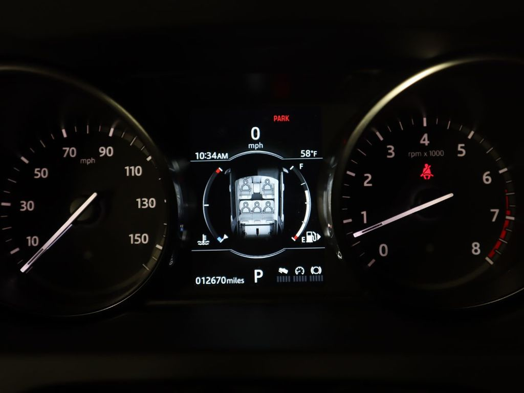 2019 Land Rover Discovery Sport COURTESY VEHICLE  - 18334400 - 34