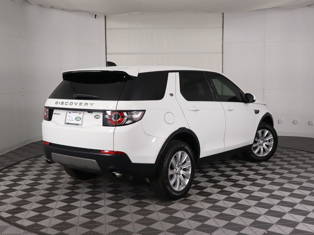 2019 Land Rover Discovery Sport COURTESY VEHICLE  - 18358539 - 4