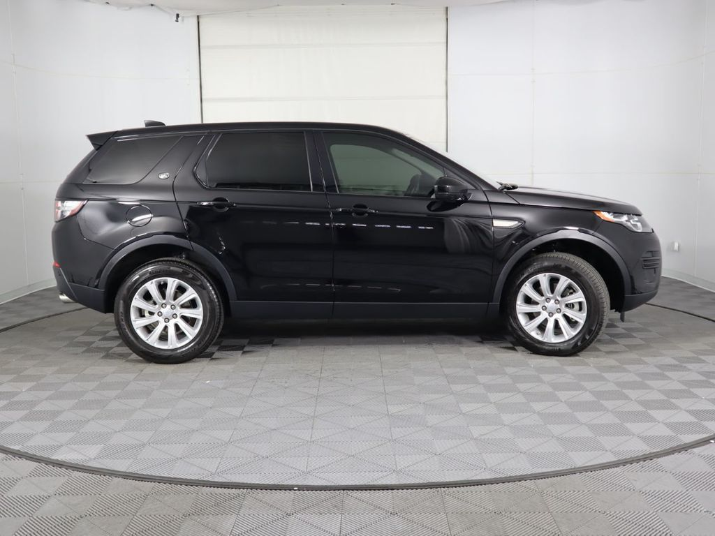 2019 Land Rover Discovery Sport COURTESY VEHICLE  - 18368106 - 3