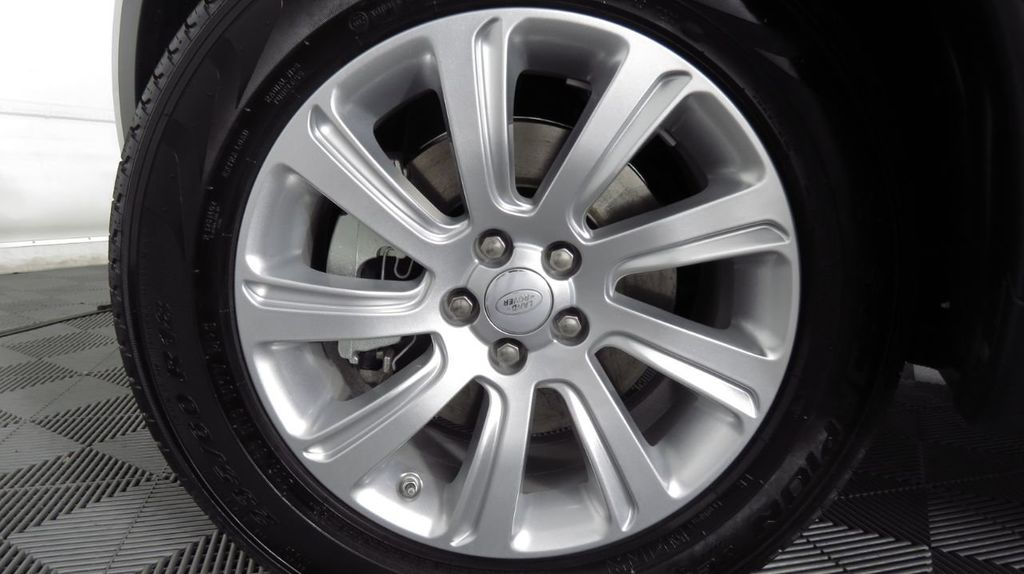2019 Land Rover Discovery Sport COURTESY VEHICLE  - 18406093 - 29