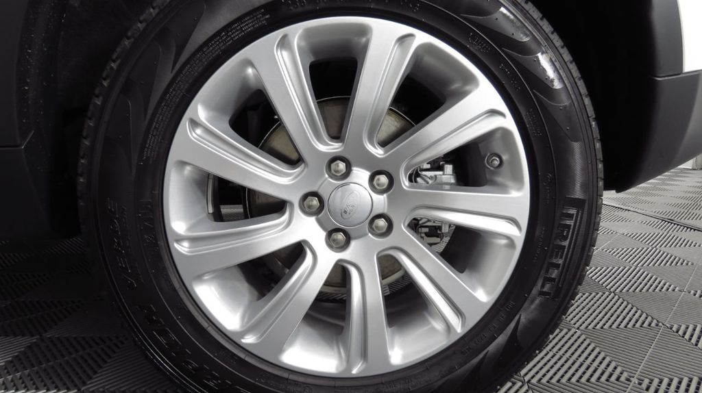 2019 Land Rover Discovery Sport COURTESY VEHICLE  - 18406093 - 32