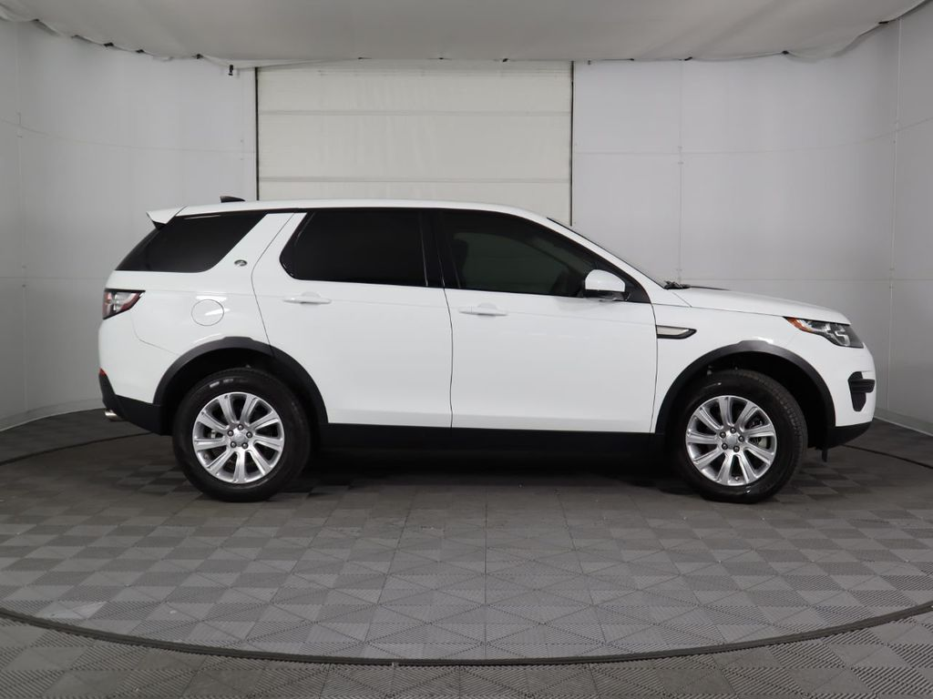2019 Land Rover Discovery Sport COURTESY VEHICLE  - 18406093 - 3