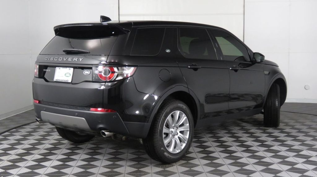 2019 Land Rover Discovery Sport SE 4WD - 18368141 - 4