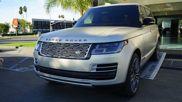 2019 Land Rover Range Rover V8 Supercharged SV Autobiography LWB - Click to see full-size photo viewer