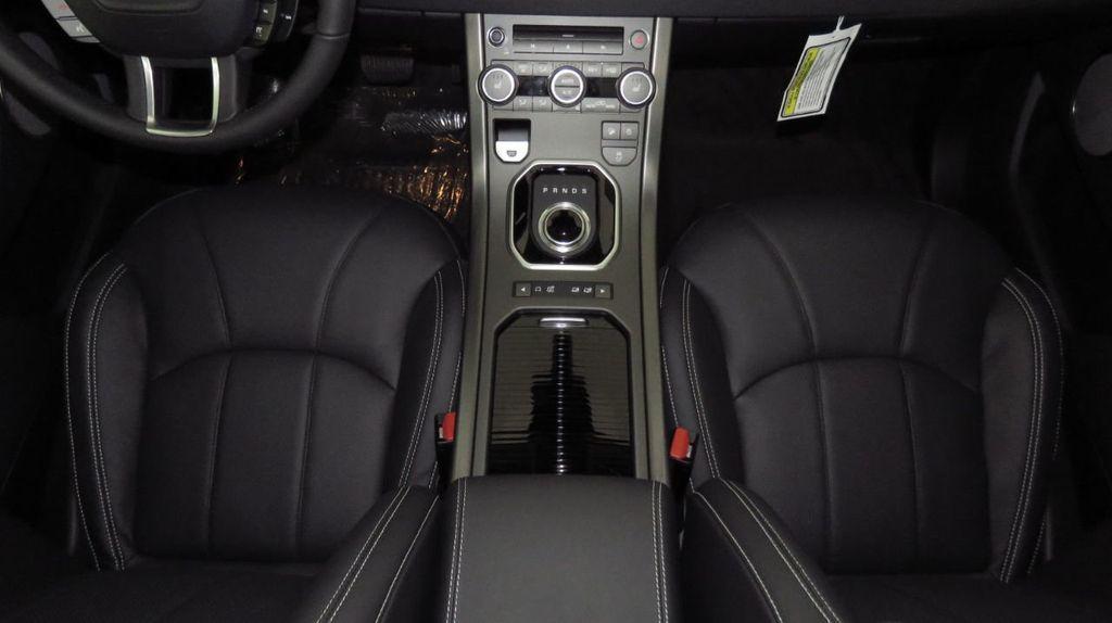2019 Land Rover Range Rover Evoque 5 Door HSE - 18470409 - 16