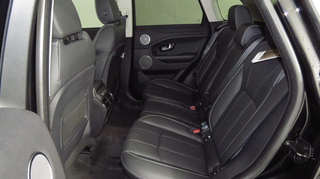 2019 Land Rover Range Rover Evoque 5 Door HSE - 18470409 - 21