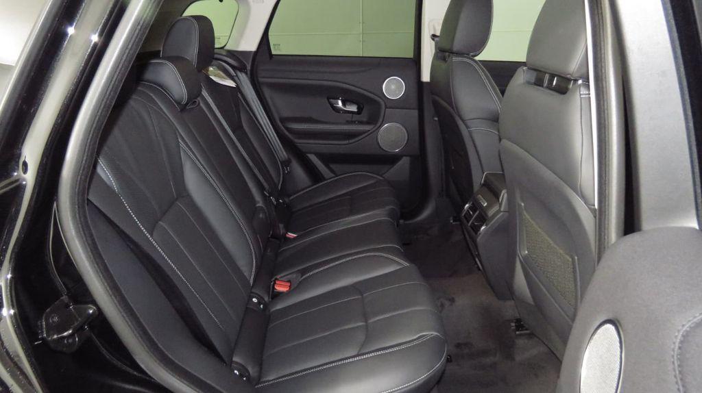 2019 Land Rover Range Rover Evoque 5 Door HSE - 18470409 - 22